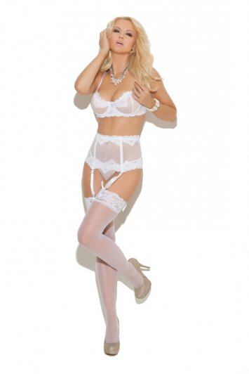 Embroidered Garter Set