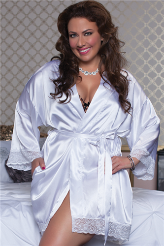 Plus Size Enchanting Satin and Lace Robe